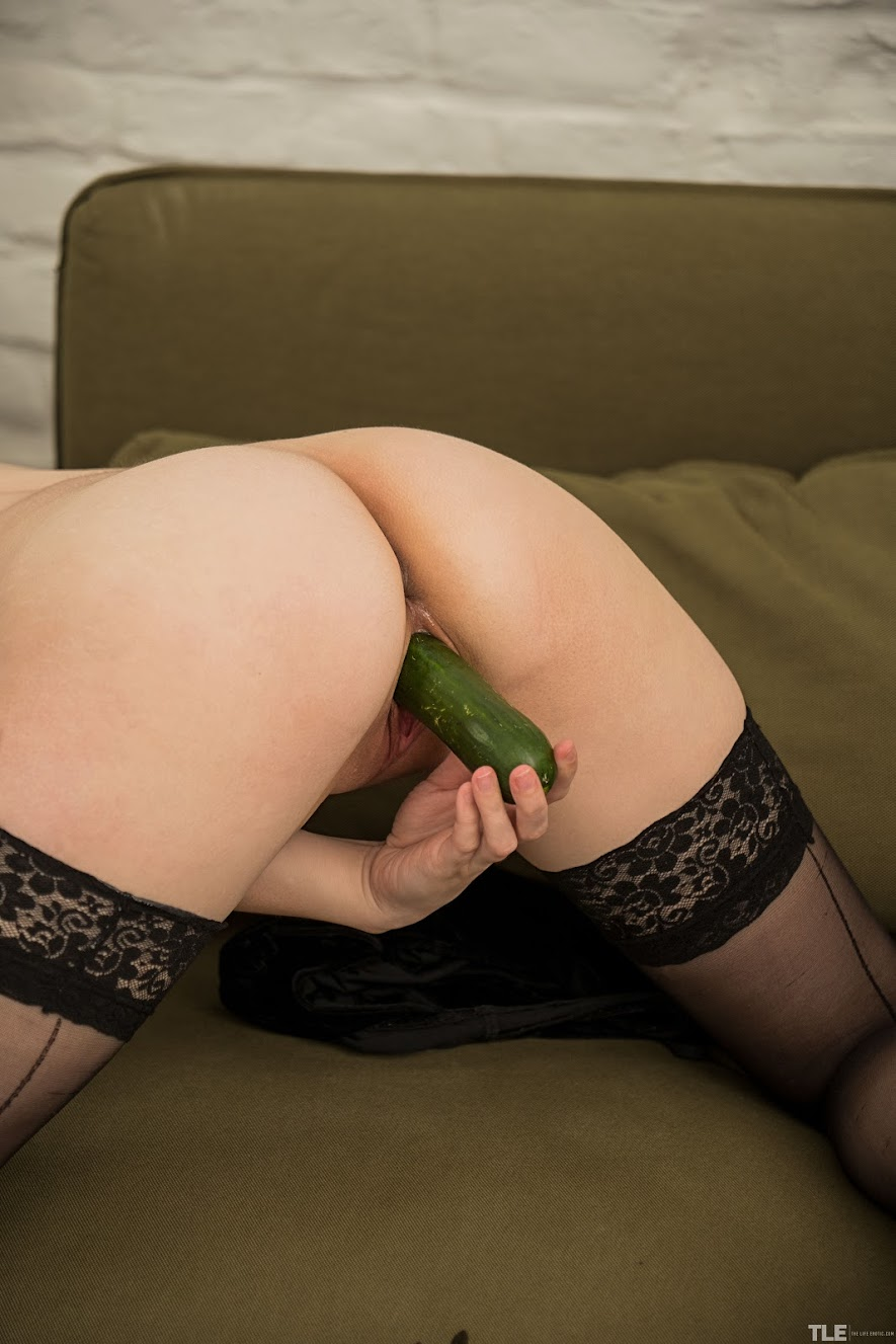 [TheLifeErotic] Meggy - Veggie Addict