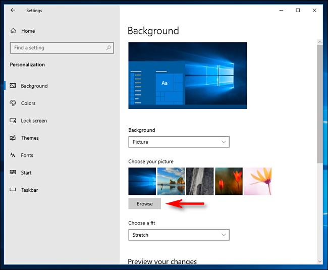 انقر فوق استعراض لاختيار خلفية سطح مكتب في Windows 10