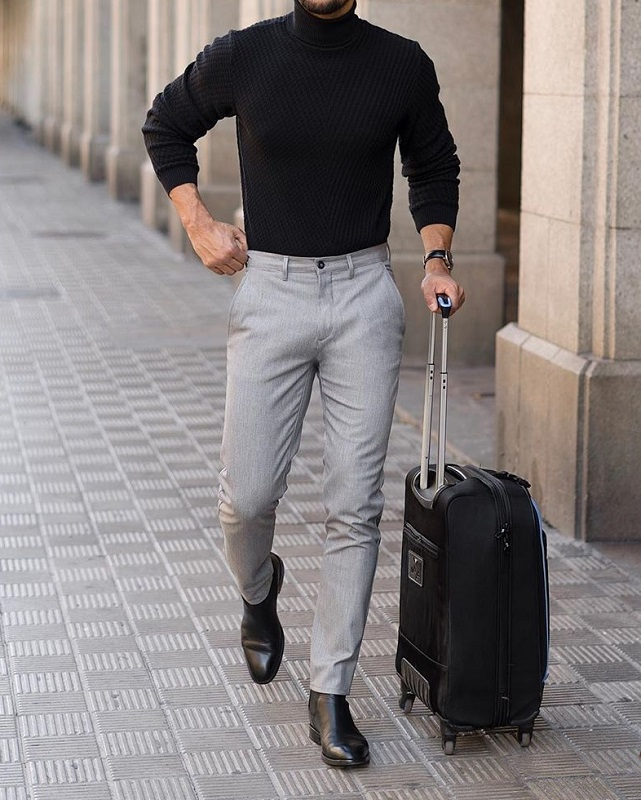 Full sleeve's high neck and trousers.