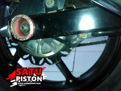 Penting Untuk Periksa Kekencangan Baut dan Mur Pada Roda, Jangan Sampai Roda Motor Lepas Di Jalan.