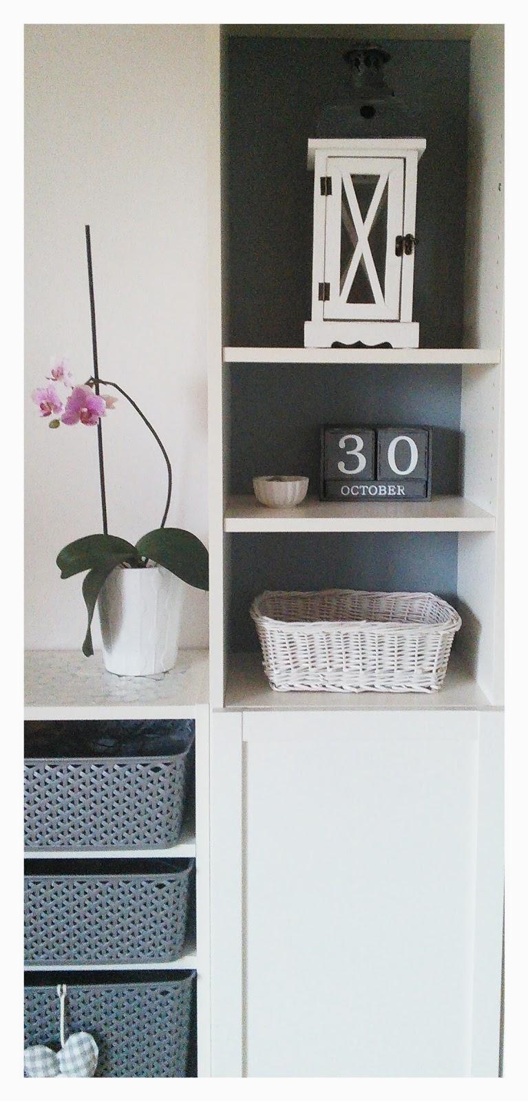 gallerphot wandregal verdeckte beschl ge. Black Bedroom Furniture Sets. Home Design Ideas