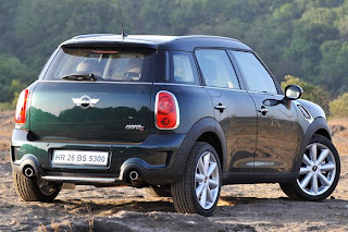 mini countryman 2012 rear view