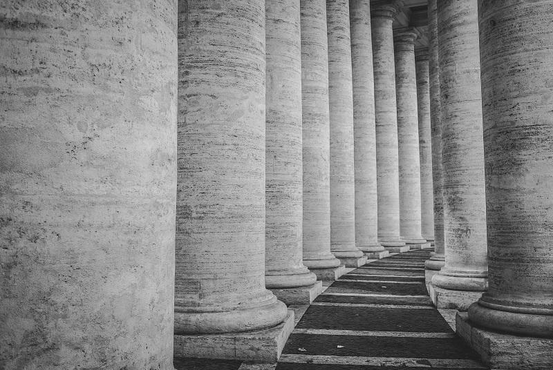 Santos no Palácio de César