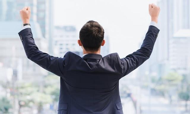 Kisah Pengusaha Sukses dan Cara Mengikuti Jejak Mereka