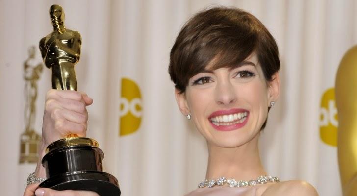 Capelli Corti Anne Hathaway
