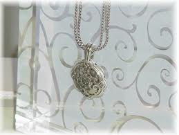 willow tree: How Do You Clean Brighton Jewelry?
