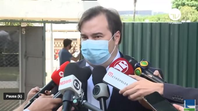 Rodrigo Maia diz que a China vai acelerar o envio da matéria-prima da Coronavac