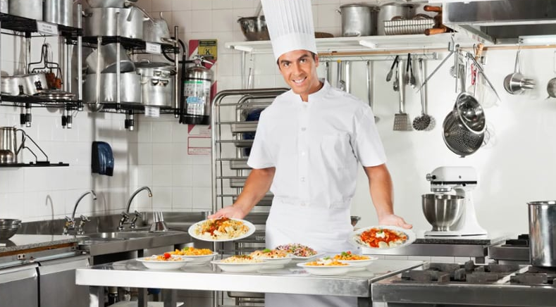 Unidad de informaci n e inserci n laboral del creena - Ofertas de ayudante de cocina ...