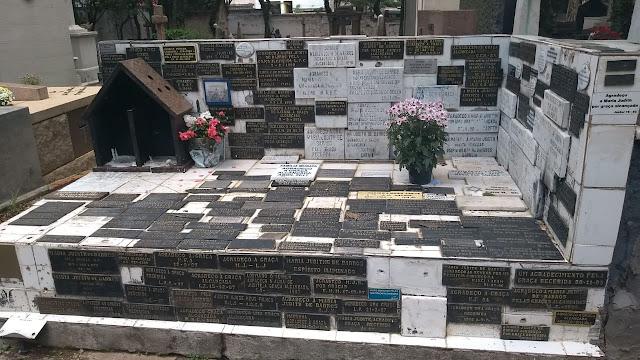 Túmulo de Maria Judith de Barros
