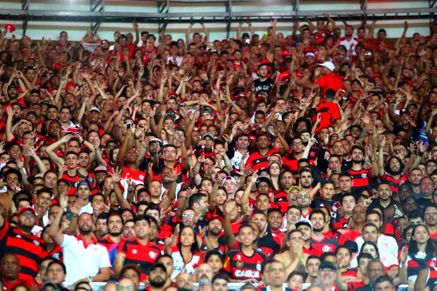 Torcida do Flamengo pede a contratação de técnico colombiano