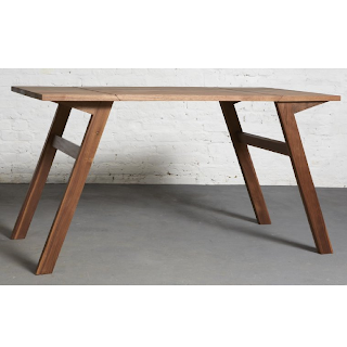 mk1 une table basse qui se transforme en table manger. Black Bedroom Furniture Sets. Home Design Ideas