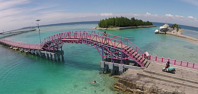 Pulau tidung, jembatan cinta