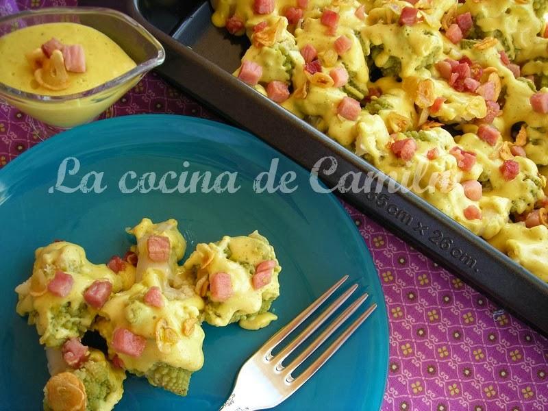 Romanescu con bechamel de curry (La cocina de Camilni)