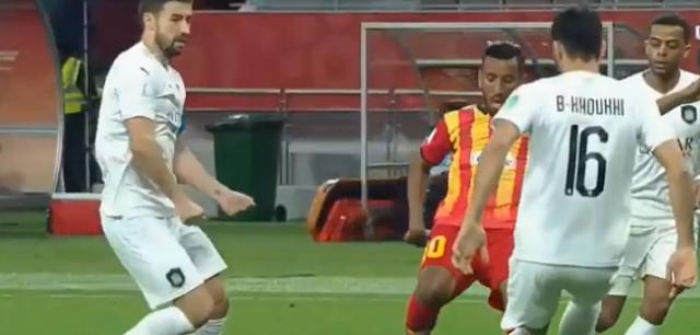حمدو الهونى لاعب الترجى التونسى أول لاعب عربى يسجل هاتريك فى كأس العالم للأندية