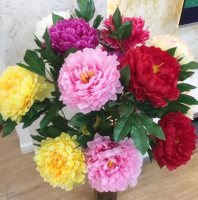 flower vase Peonies