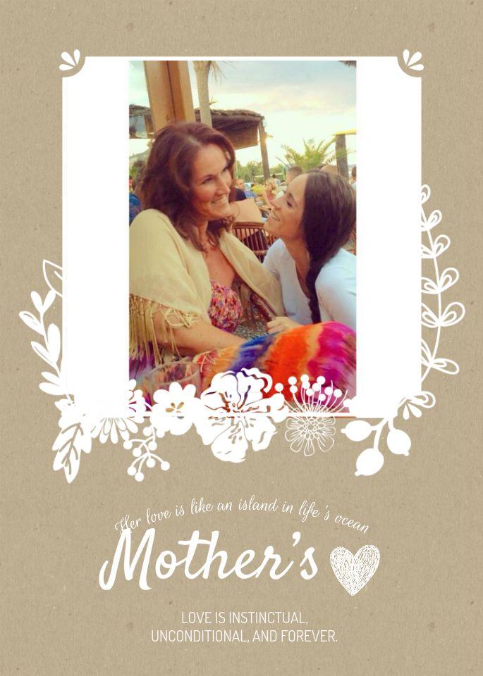 Wat is er nou leuker dan te verrassen met een zelfgemaakte moederdagkaart met eigen foto?