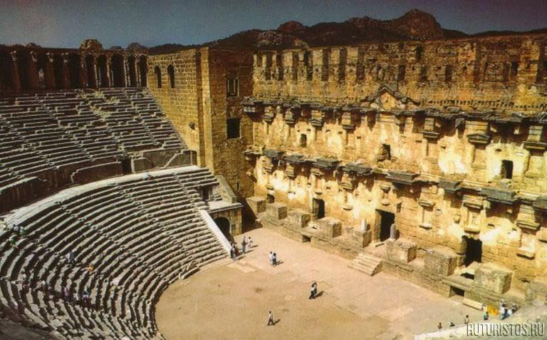 Амфитеатр Аспендос,Турция,купить путевку,отели Турции,лучшие отели Турции,отдохнуть в Турции,путевку недорого в Турцию