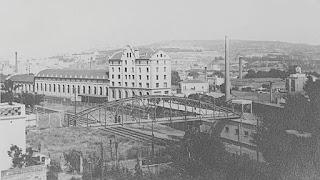 Puente de la Torrassa con las cocheras al fondo (circa 1935)