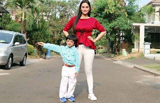 Faby Marcelia dan Anaknya