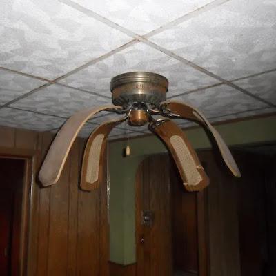 Ventilateur pour les grandes chaleurs... qui a succombé.