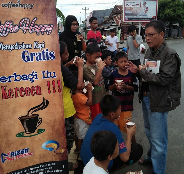 Relawan Coffee Happy Sudah Bagikan 5.250 Gelar Kopi Gratis di Palopo