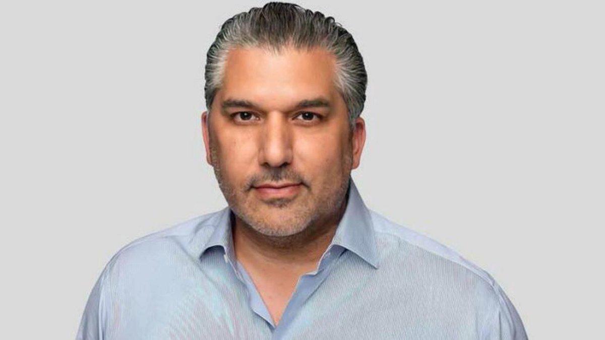 Nick Khan foi alertado sobre a AEW logo que assumiu a presidência da WWE