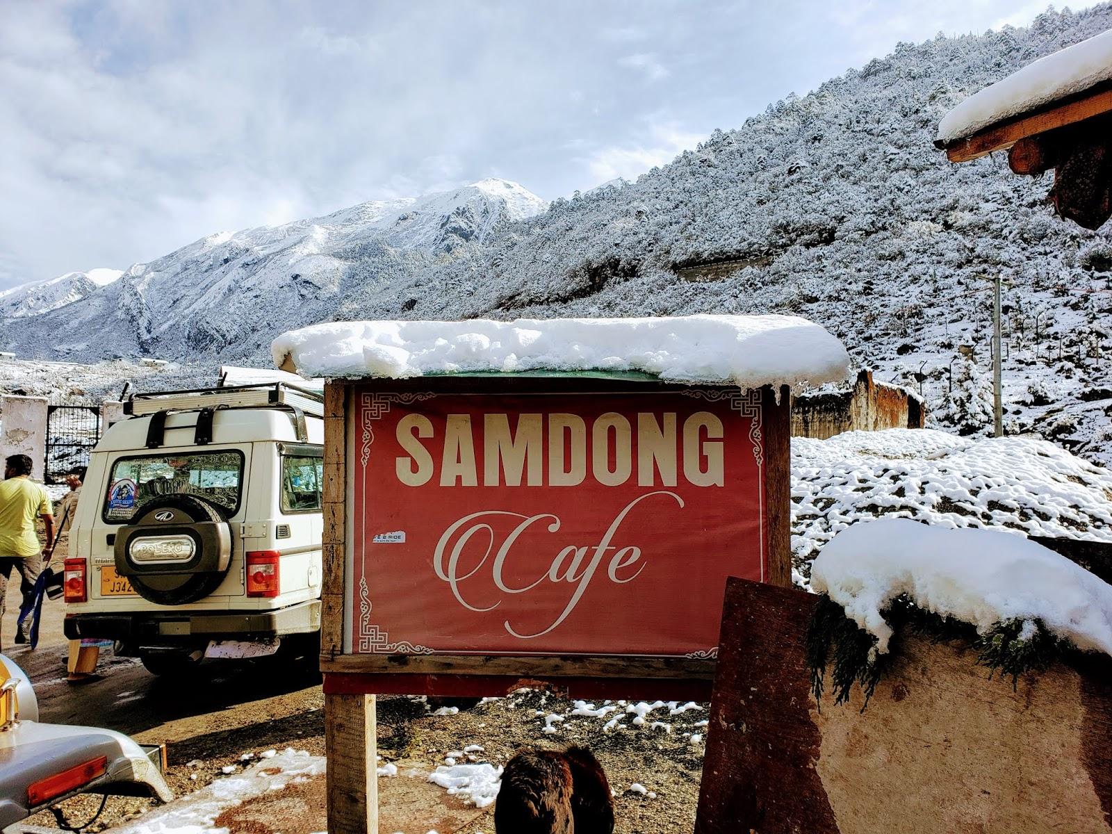 सामडोंग कैफ़े, गुरुडोंगमार के रास्ते में