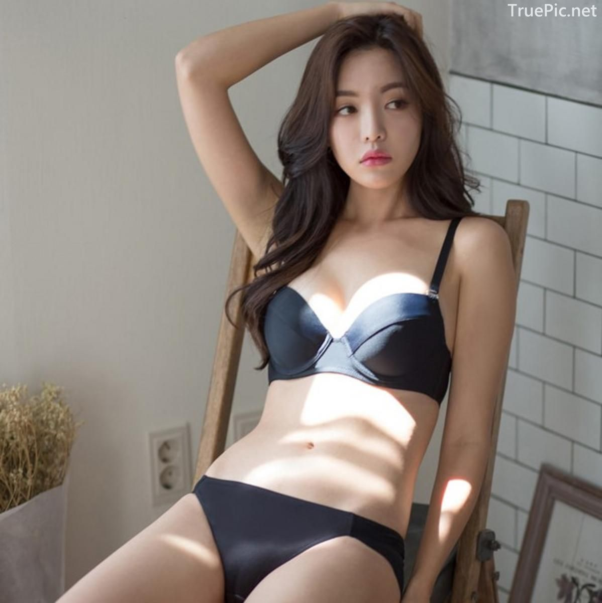 Korean model and fashion - Jin Hee - Black and white Lingerie - Picture 10