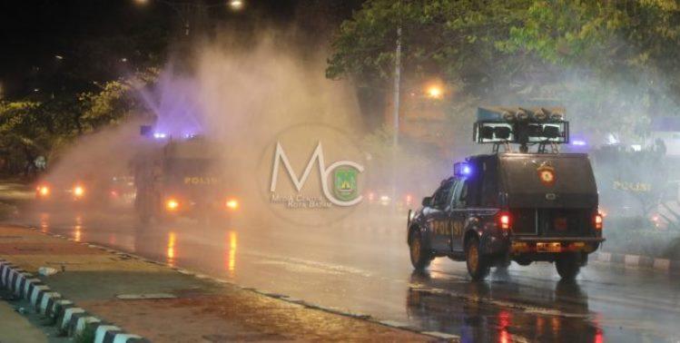 Penyemprotan Disinfektan, Polresta Tutup Akses Jalan Nagoya