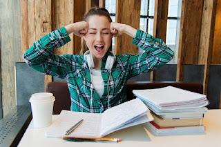 6 Faktor Yang Menyebabkan Mahasiswa Tidak Lulus Tepat Waktu