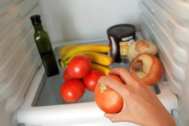 Ninguno de estos alimentos debiera guardarse en el refrigerador