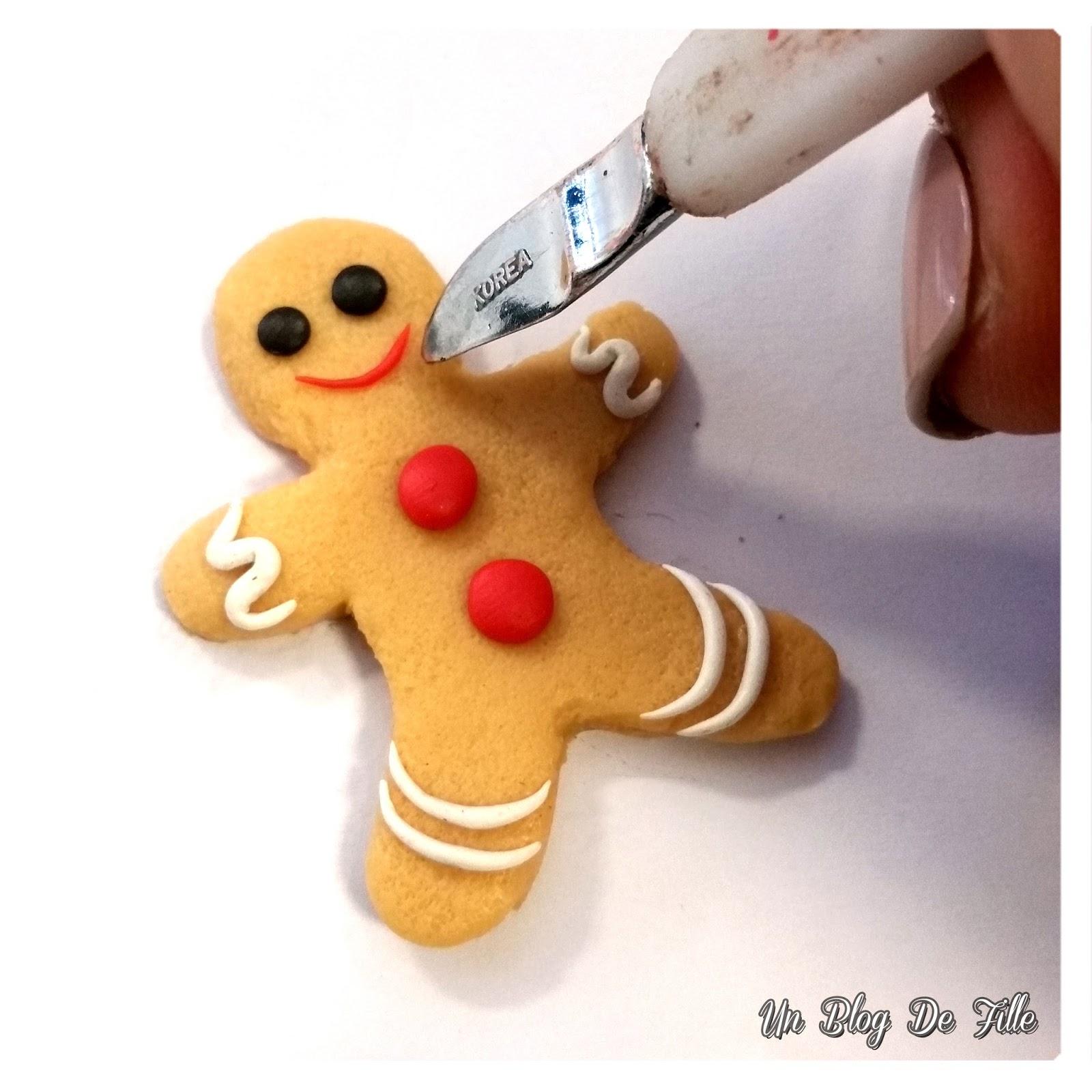http://unblogdefille.blogspot.fr/2017/12/diy-bonhomme-pain-depices-en-pate-style.html
