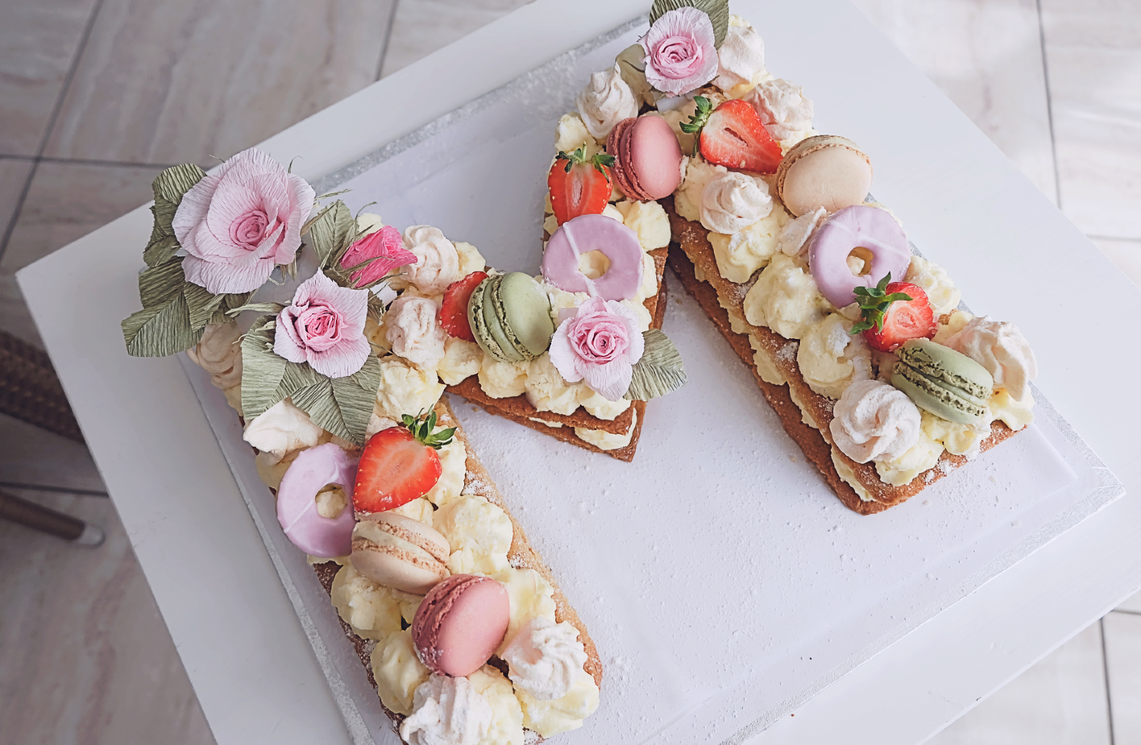 Letter Cake tort idealny na imieniny