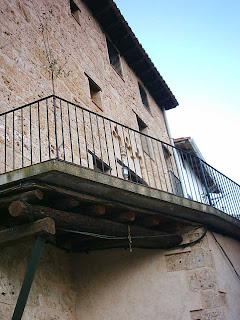 Beceite, Beseit, pueblo, casco urbano, fachadas, detalles