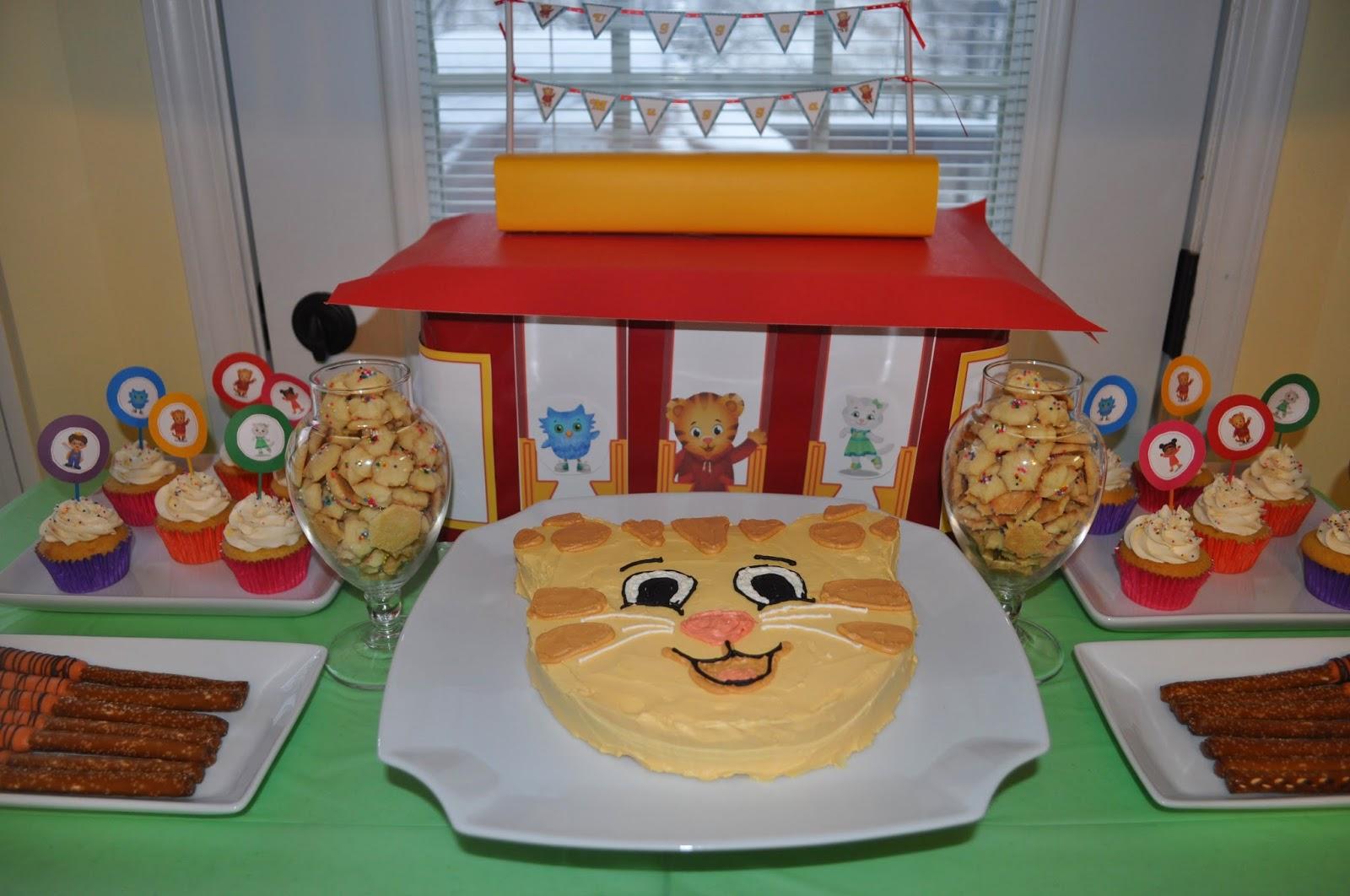 Daniel Tiger's Neighborhood Birthday Dessert Table