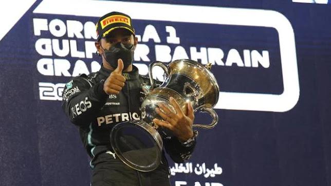 F1, Gp Bahrain: vince Hamilton davanti a Verstappen