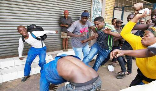 South Africans Tell Nigerians, Other Foreigners to Leave Towns in Latest Xenophobic Violence