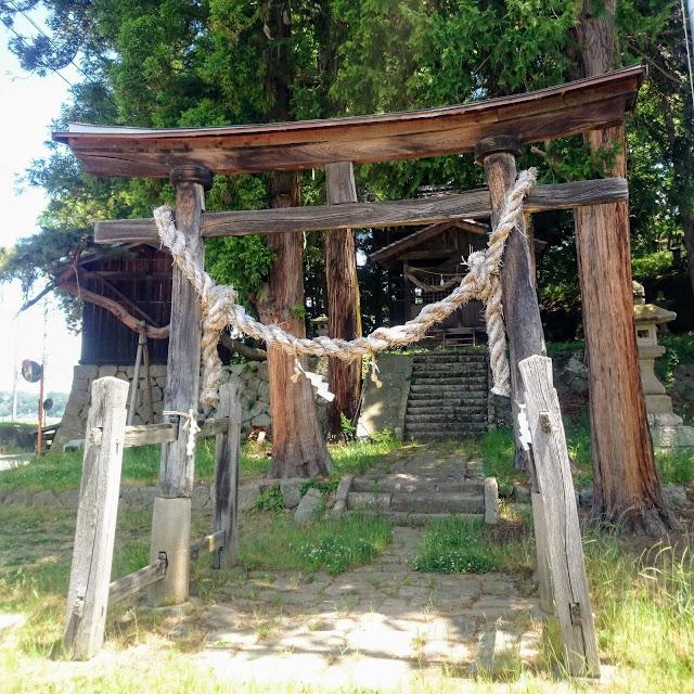 三分中込線 新海神社