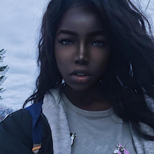 Lola Chuil, la chica que está cautivando en redes sociales