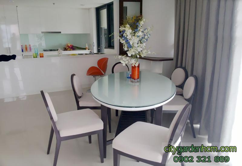 bàn ăn gần bancon | căn hộ CITY GARDEN cho thuê