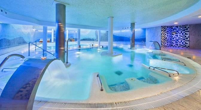 casas minimalistas y modernas piscinas internas modernas