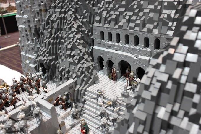 Locurón: Reproducción a lo gran LEGO de la batalla del abismo de Helm