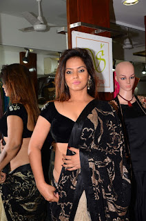 Neetu Chandra in Black Saree at Designer Sandhya Singh Store Launch Mumbai (59).jpg