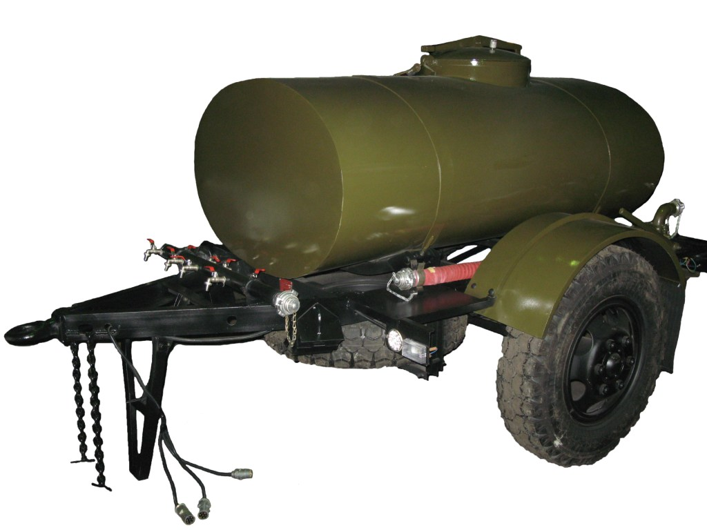 причеп-цистерн для води