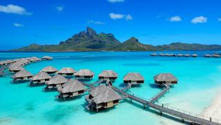 Pantai Ora - Surga tersembunyi di Maluku