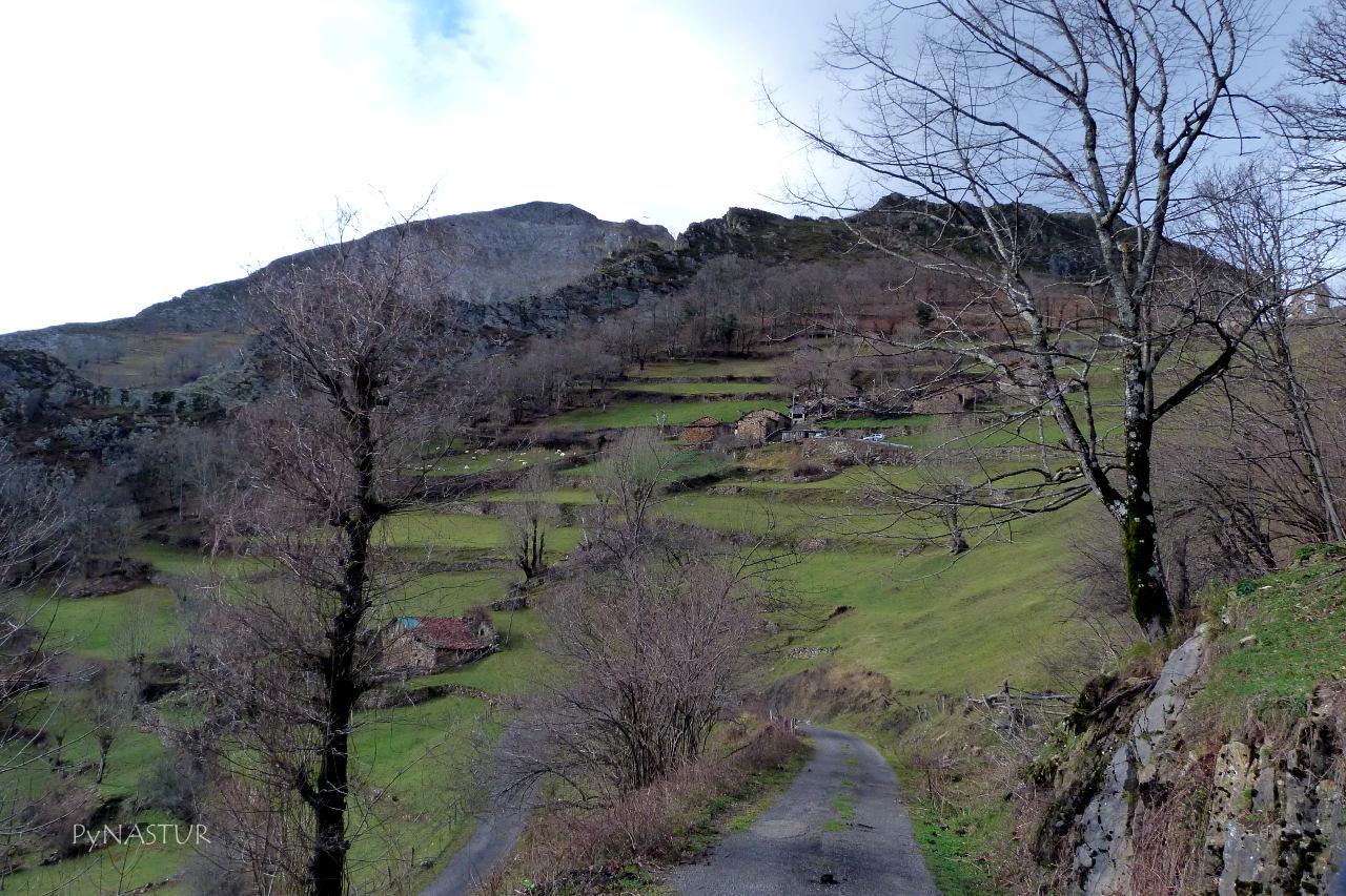Pueblo de Casielles - Parque Natural de Ponga - Asturias