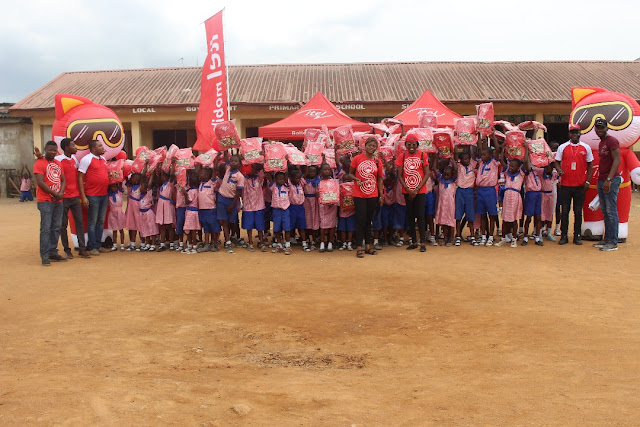 CSR: itel scales up education interventions, doles out support material on Lagos school