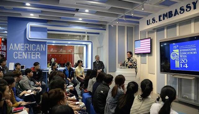 Đại sự quán Mỹ tạm dừng cấp visa Mỹ và nhiều dịch vụ trong tháng 10