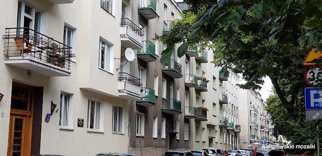 Warszawa Warsaw ulice street kamienica kamienice architektura Stary Mokotów zabudowa architecture przedwojenne balkon