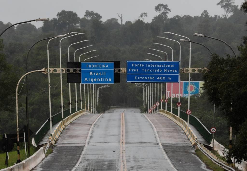 fronteras terrestres brasil cerradas